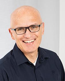 Expert Marketplace -  Leif Erik Wollenweber  - Portrait