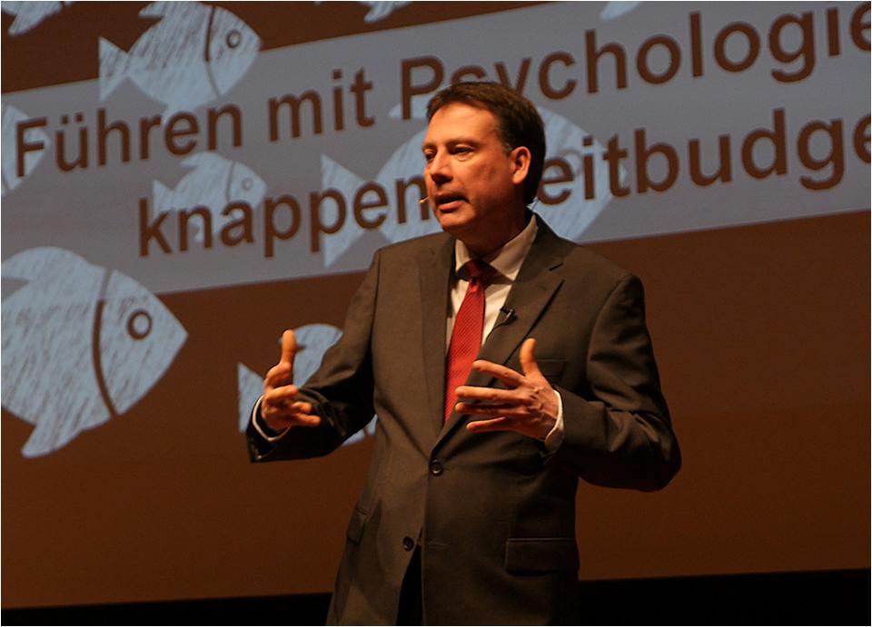 Expert Marketplace - Dr.  Michael  Ullmann  - Impressionen eins