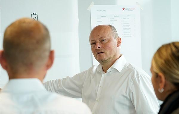 Expert Marketplace -  Erno Marius Obogeanu-Hempel  - Impressionen drei