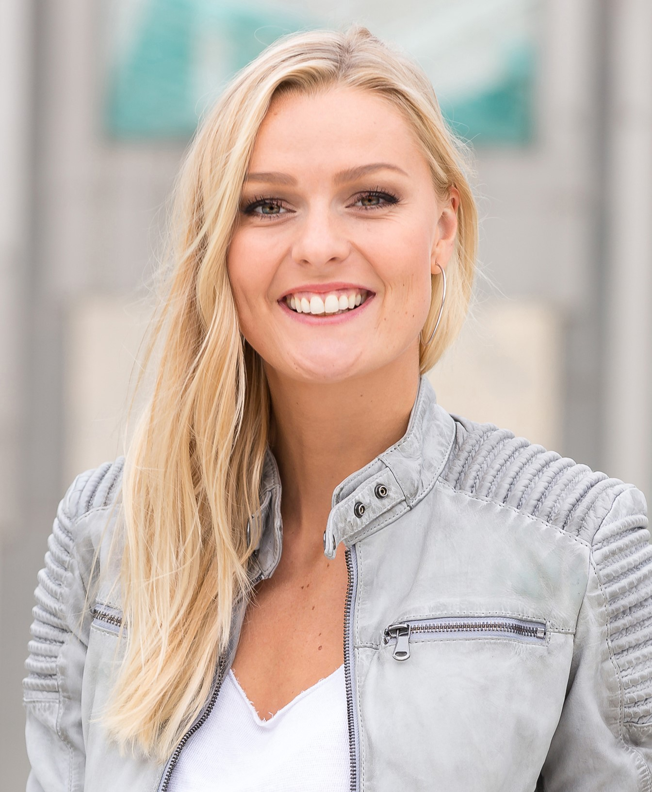Expert Marketplace -  Miriam Höller  - Portrait