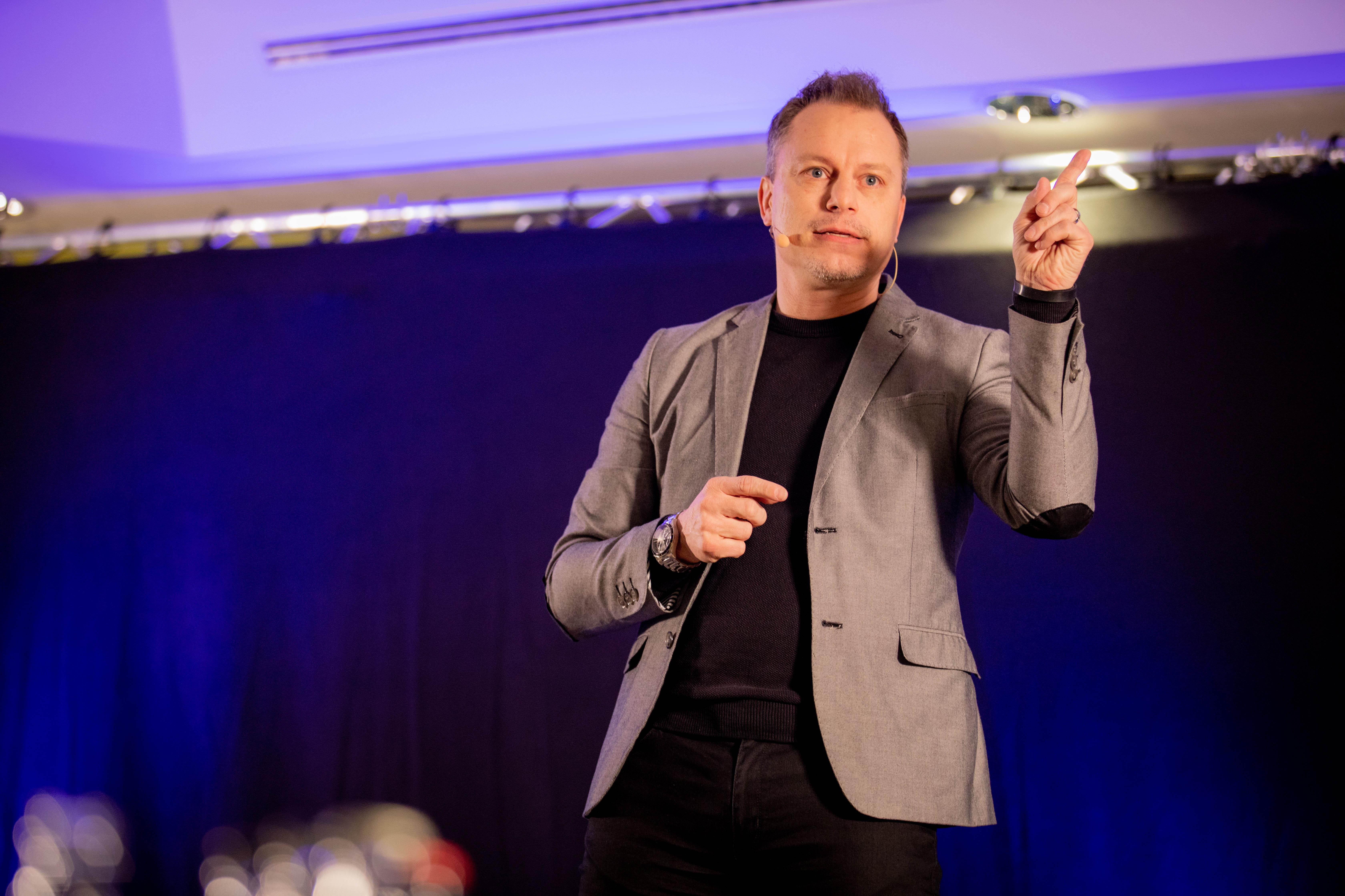 Expert Marketplace - Dr.  Peter  Aschenbrenner  - Impressionen drei