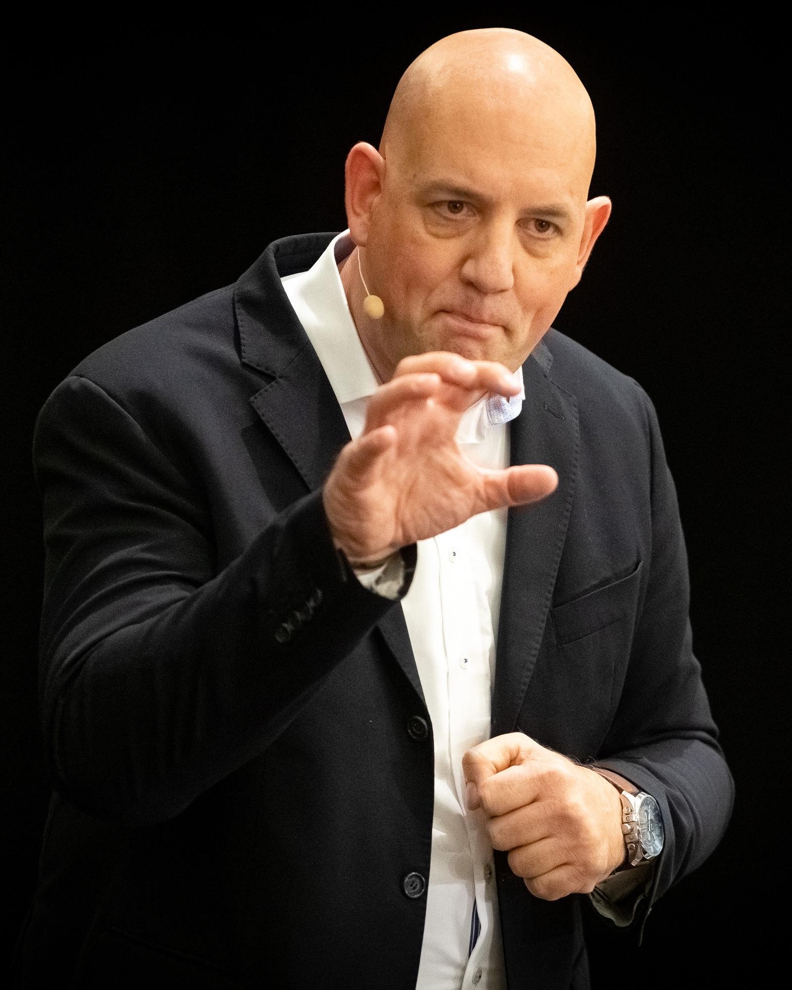 Expert Marketplace -  Christian Leipner - Portrait