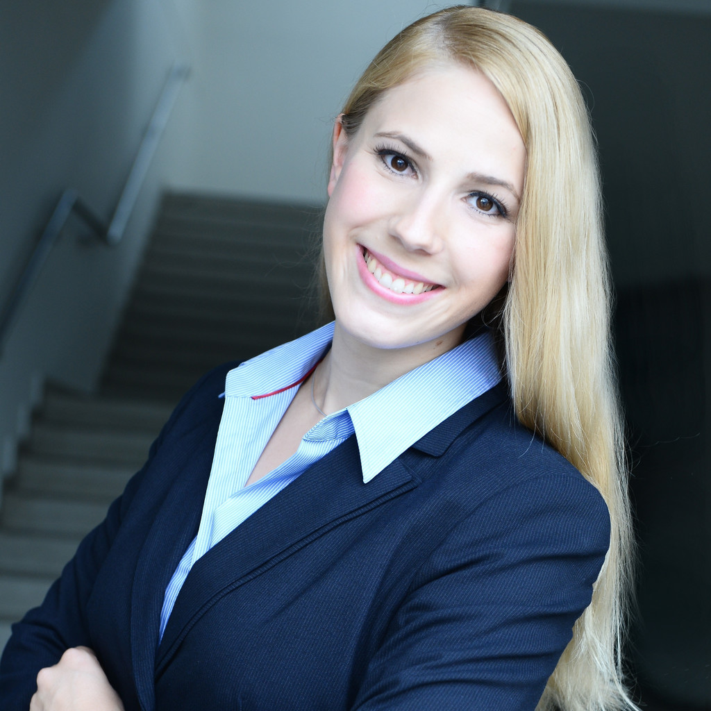 Expert Marketplace - Dr. Miriam Sasse - Portrait