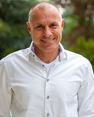 Expert Marketplace -  Michael Peter - Portrait