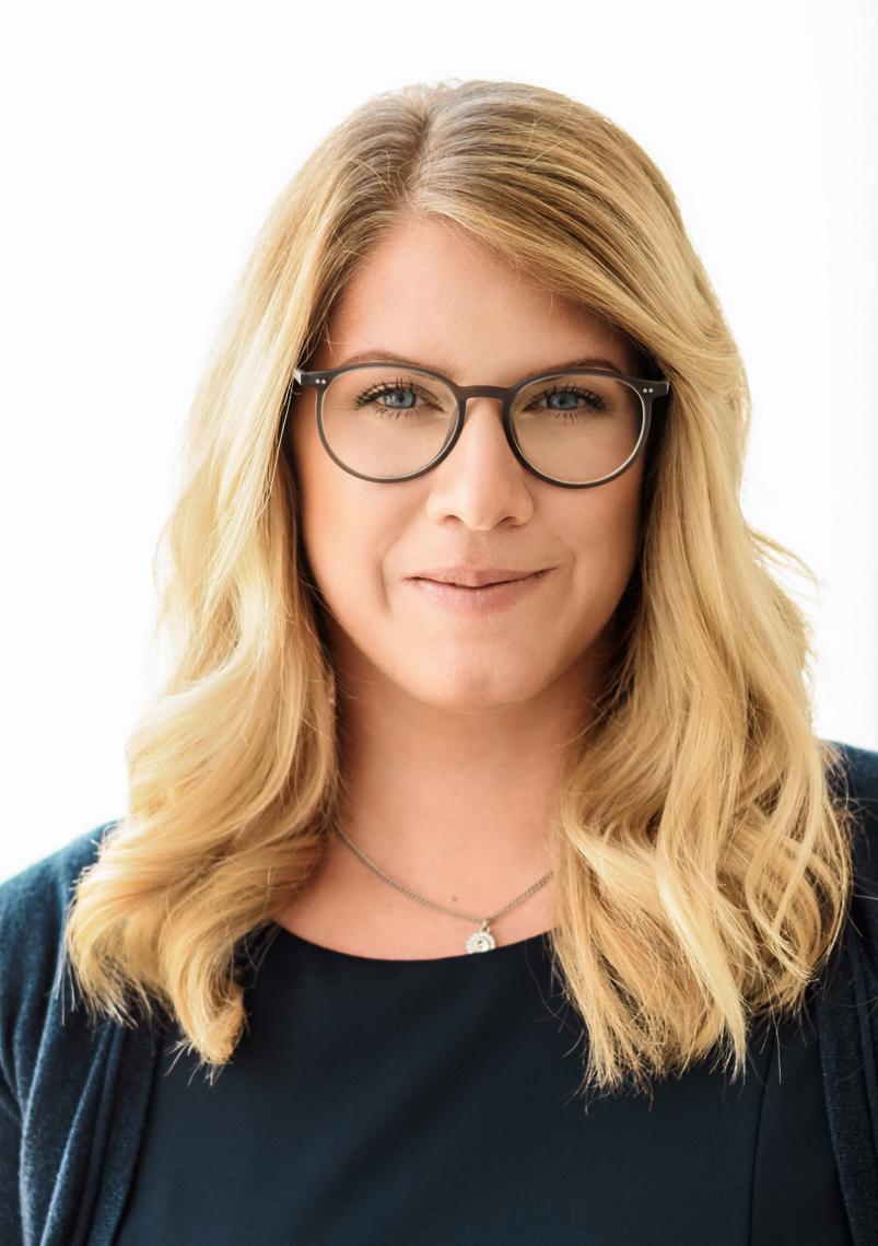 Expert Marketplace -  Vanessa Weber  - Portrait